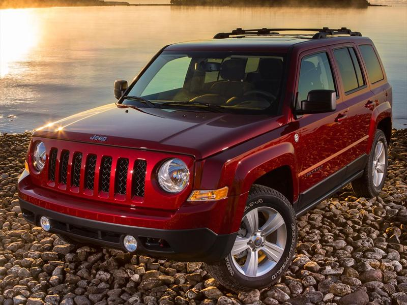 Jeep Patriot 4x2 Sport (2015)