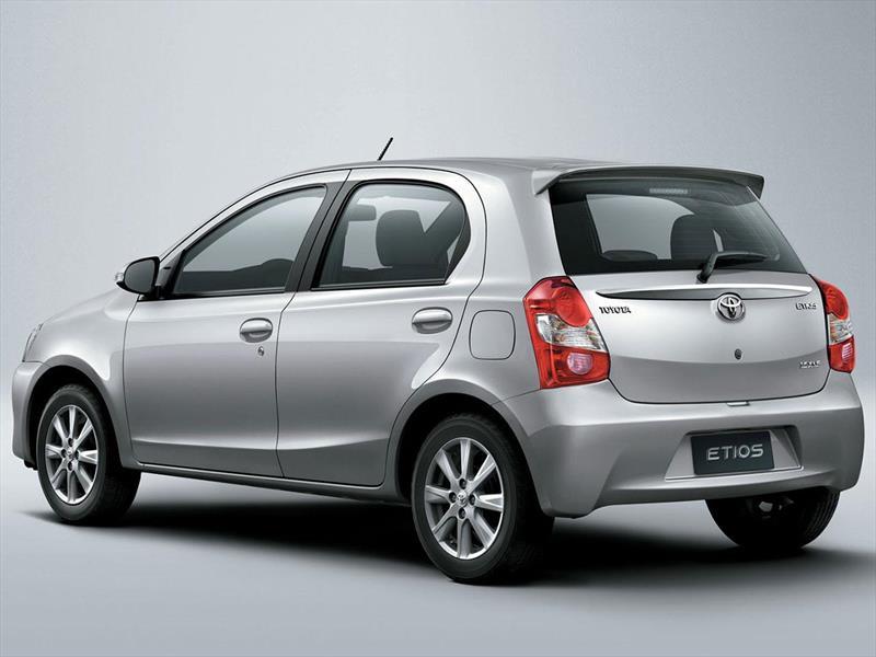 Toyota Santa Cruz >> Autos Nuevos - Toyota - Precios Etios Hatchback
