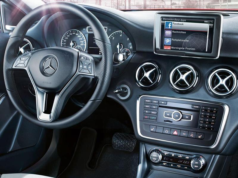 Mercedes Benz Clase A 200 Urban (2015)