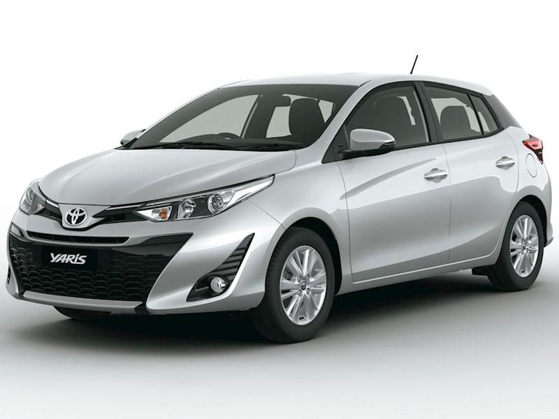 foto Toyota Yaris financiado en cuotas ( 1.5 XS ) Anticipo $150.000 Cuotas desde $15.000