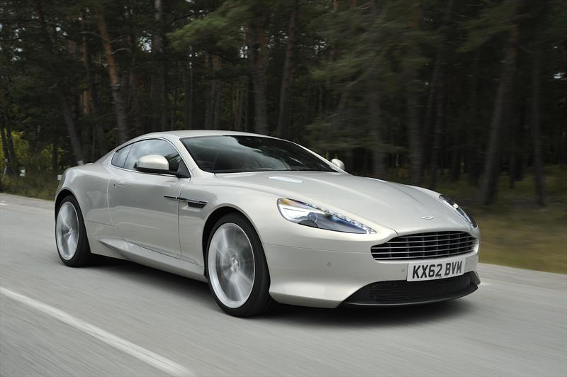foto Aston Martin DB9