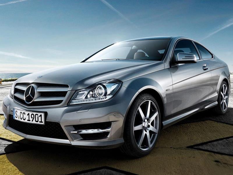 foto Mercedes Benz Clase C C300 Coupé Aut AMG-Line