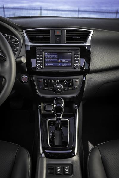 Nissan Sentra Exclusive Aut (2017)