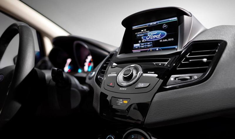 Ford Fiesta Kinetic Sed U00e1n S Plus  2014