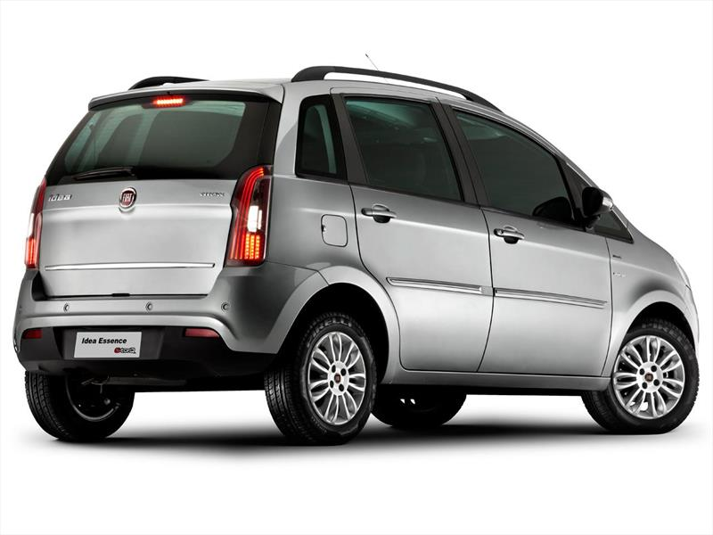 Fiat idea 1 6 essence 2015 for Paragolpe delantero fiat idea adventure