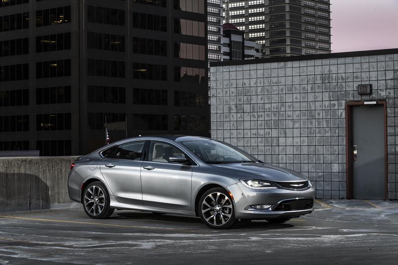 foto Chrysler 200