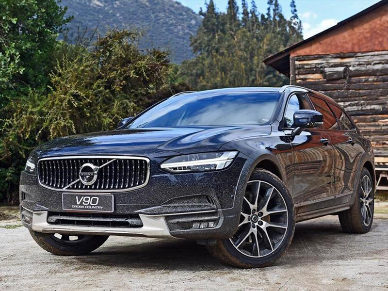 foto Volvo V90 Cross Country  2.0L T5 Kinetic AWD Aut