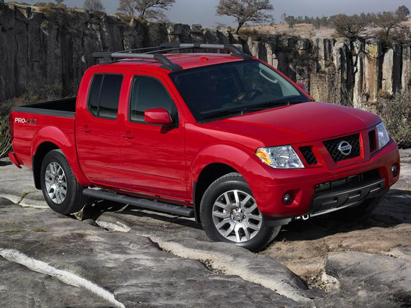 Nissan Frontier Pro-4X 4x4 V6 (2018)