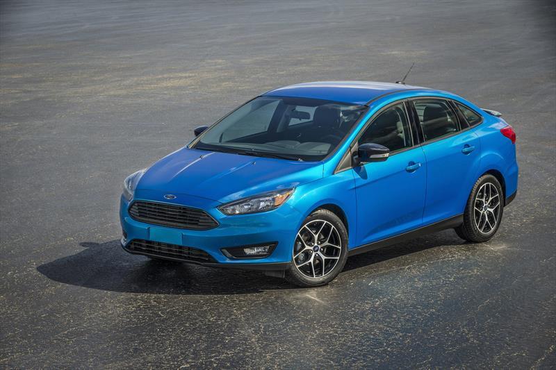 foto Oferta Ford Focus Titanium nuevo precio $359,000