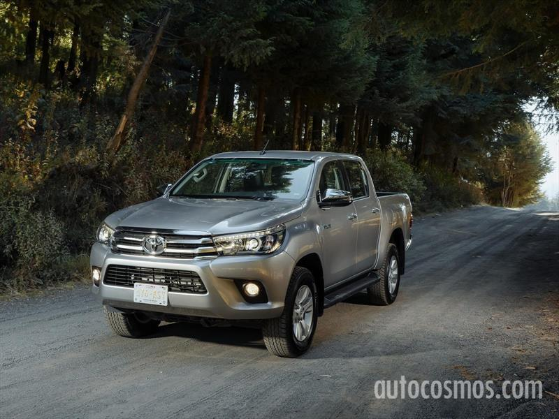 foto Toyota Hilux Cabina Doble Diesel 4X4
