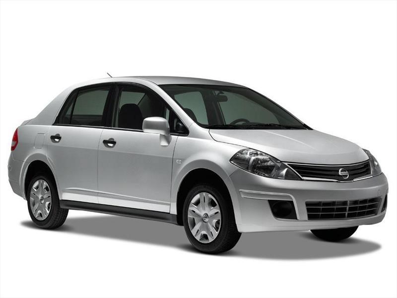 nissan tiida sedan advance  2015