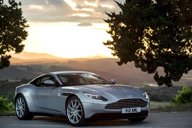 foto Aston Martin DB11 Coupé