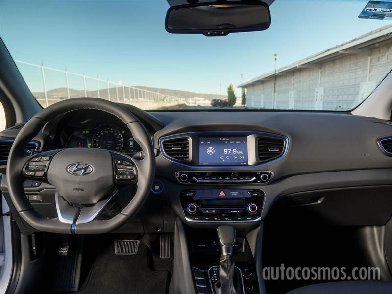 Hyundai ioniq gls premium 2018 for 4 4422 c