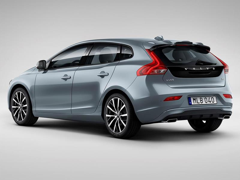 volvo v40 t3 momentum 2017. Black Bedroom Furniture Sets. Home Design Ideas