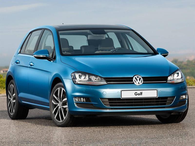 foto Volkswagen Golf financiado en cuotas ( 5P 1.4 Comfortline ) Anticipo $138.000 Cuotas desde $4.500