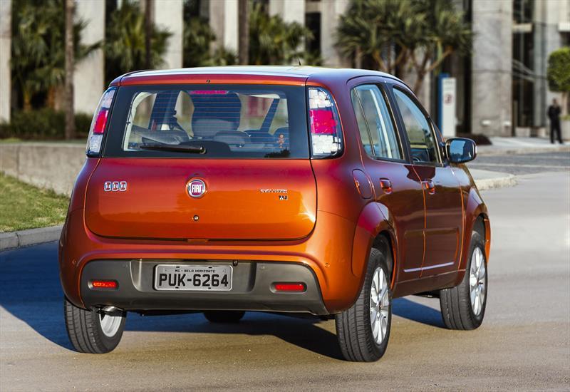 Fiat uno attractive 2017 for Fiat attractive 2016