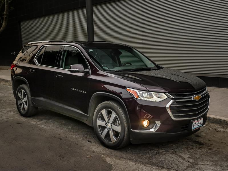 foto Chevrolet Traverse financiado en cuotas ( LT 8 Pasajeros ) Enganche $42,000 Mensualidades desde $20,700