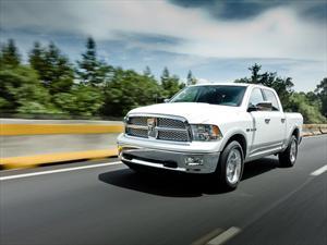 RAM RAM Crew Cab Laramie Aut 8 5.7L 4x4 nuevo color A eleccion precio $839,900