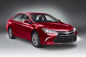 Foto Toyota Camry XLE 2.5L Navegacion