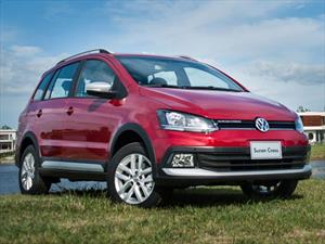 Foto Volkswagen Suran Cross 1.6 Highline financiado