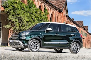 foto Fiat 500L Trekking nuevo color A elección precio $489,900