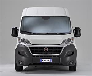 Foto Fiat Ducato Cargo Van 2.3L 9.5 nuevo color A eleccion precio $463,900