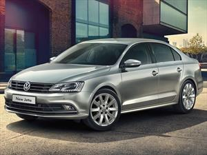Foto Volkswagen Vento 2.0 FSI Advance Summer Package