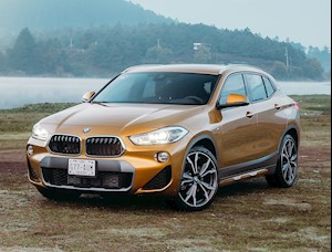 Foto BMW X2 sDrive20iA Executive Plus nuevo color A eleccion precio $639,900