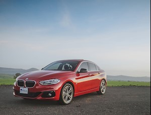 BMW Serie 1 Sedan 120iA M Sport nuevo color A eleccion precio $730,000
