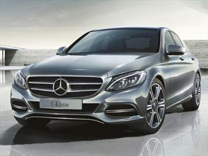 Foto Mercedes Benz Clase C C200 Avantgarde Aut Plus financiado