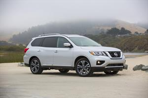 foto Nissan Pathfinder Exclusive Midnight Edition 4x4 (2018)