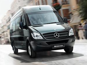Foto Mercedes Benz Sprinter Combi 415 3665 16 asientos Full TE