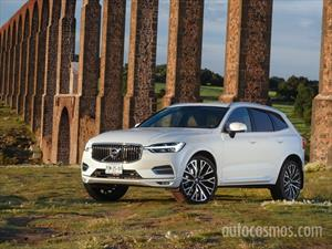 foto Volvo XC60 T6 Inscription AWD (2020)