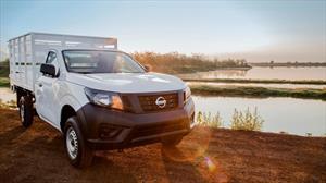 foto Nissan NP300 2.5L Estacas Dh Paquete de Seguridad