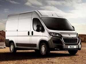 Peugeot Boxer 2.2 HDi 435LH Premium financiado en cuotas anticipo $250.000 cuotas desde $12.900