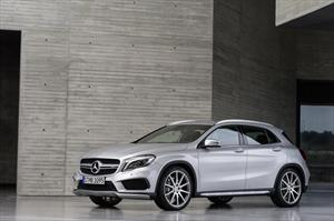 Mercedes Benz Clase GLA 200 Sport Aut nuevo color A eleccion precio $628,000