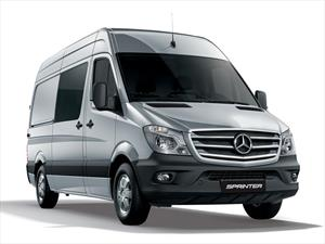Foto Mercedes Benz Sprinter Furgon 415 3665 TE Silver Edition financiado