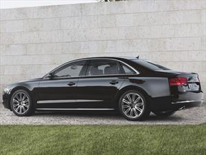 Audi A8  L 60 T FSI Quattro nuevo color A eleccion precio u$s300.900