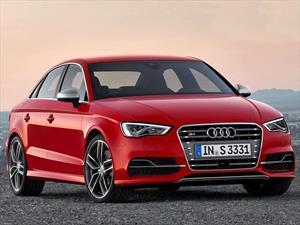 Foto Audi A3 S3 T FSI S-tronic Quattro nuevo color A eleccion precio u$s75.500