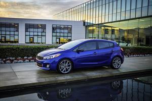 Kia Forte HB EX Aut nuevo color A eleccion precio $315,400
