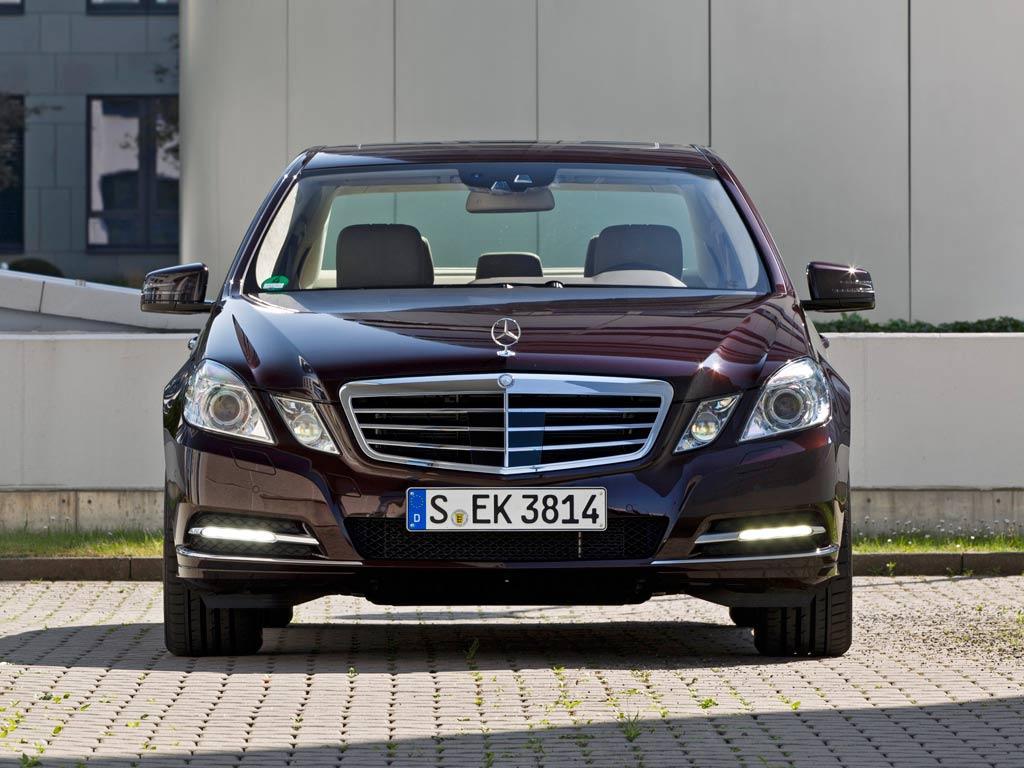 Mercedes benz clase e 500 blindado 2011 for Mercedes benz precios