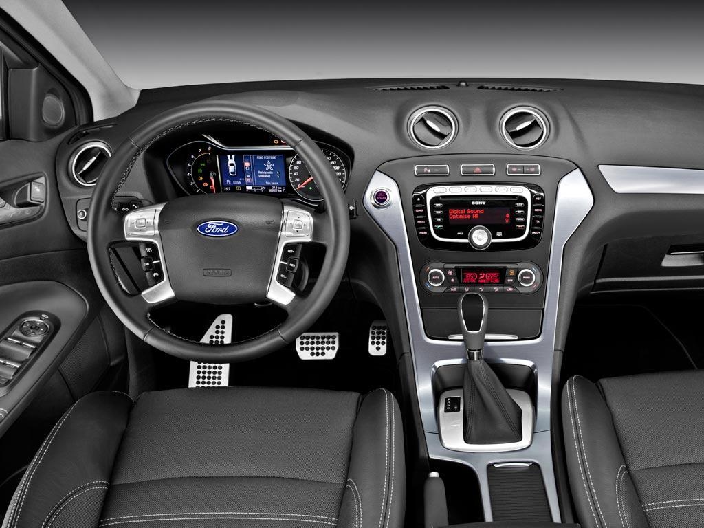 Ford Mondeo Titanium 2 3l Aut 2014