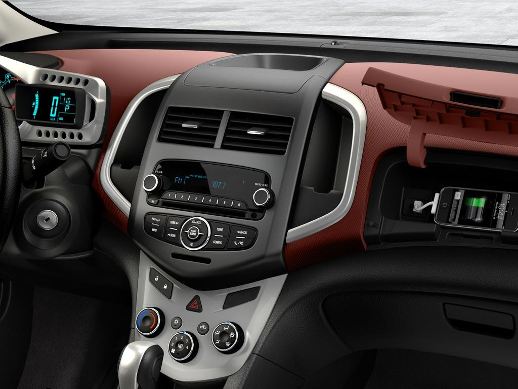 Chevrolet Sonic LS (2016)