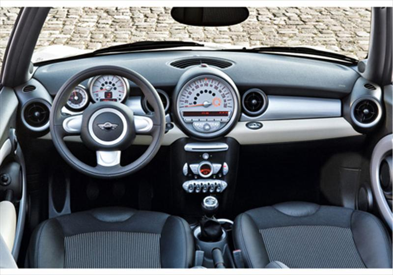 mini cooper s cabrio salt 1 6l 2012. Black Bedroom Furniture Sets. Home Design Ideas