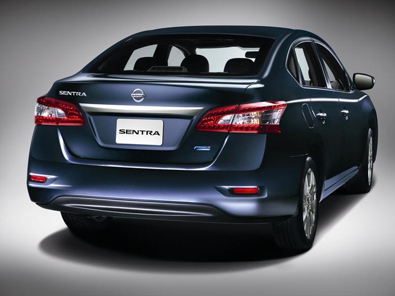 Nissan Sentra Sr Navi Aut 2015