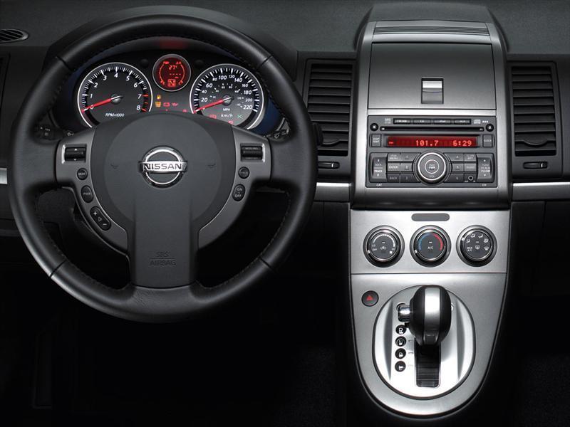 Nissan Sentra Sport Road CVT Xtronic (2012)