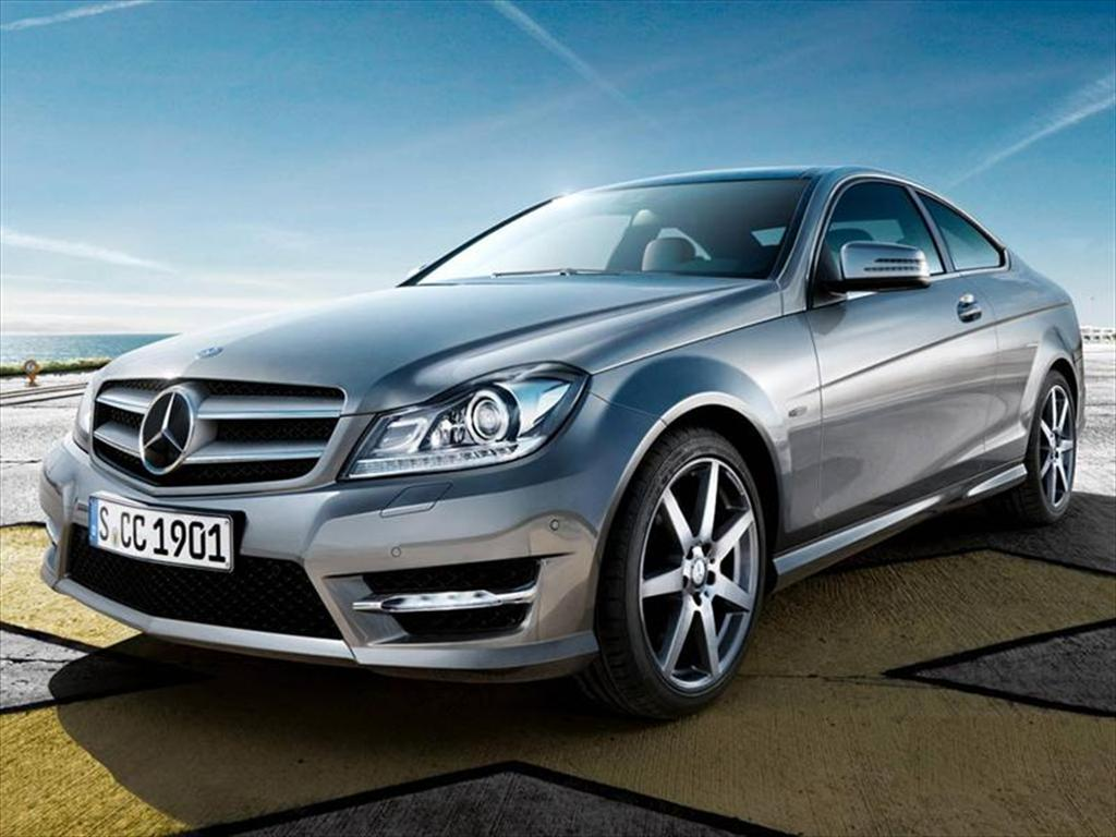 foto Mercedes Benz Clase C C250 Coupé City 1.8L Aut (2013)
