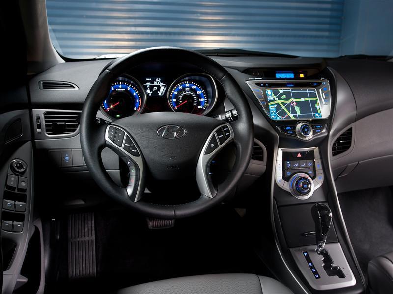 Hyundai Elantra Gls 1 6 Plus Aut 2015