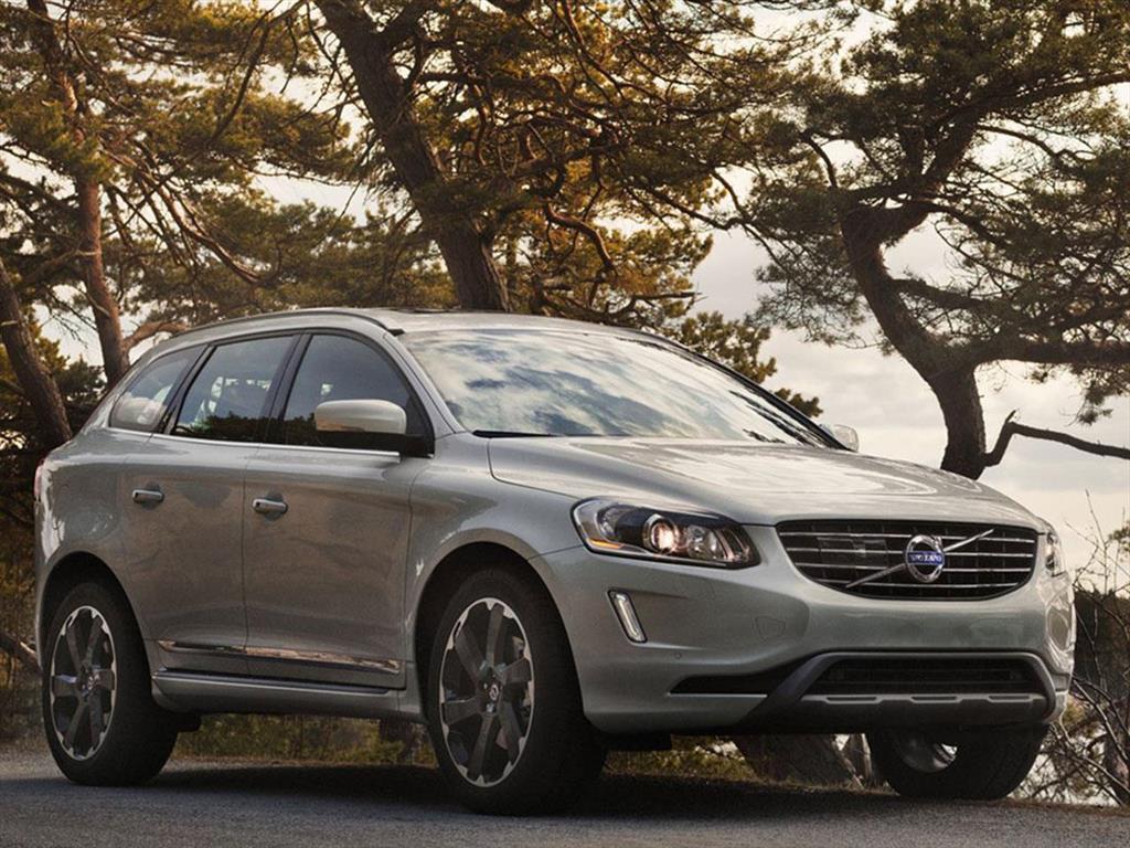 volvo xc60 t5 momentum 4x4 geartronic 2017. Black Bedroom Furniture Sets. Home Design Ideas