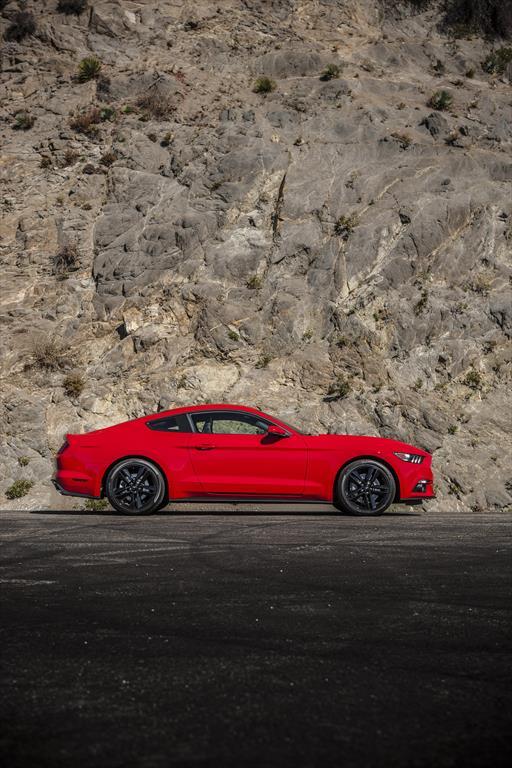 Ford Mustang Coupé 3.7L V6 Aut (2015)